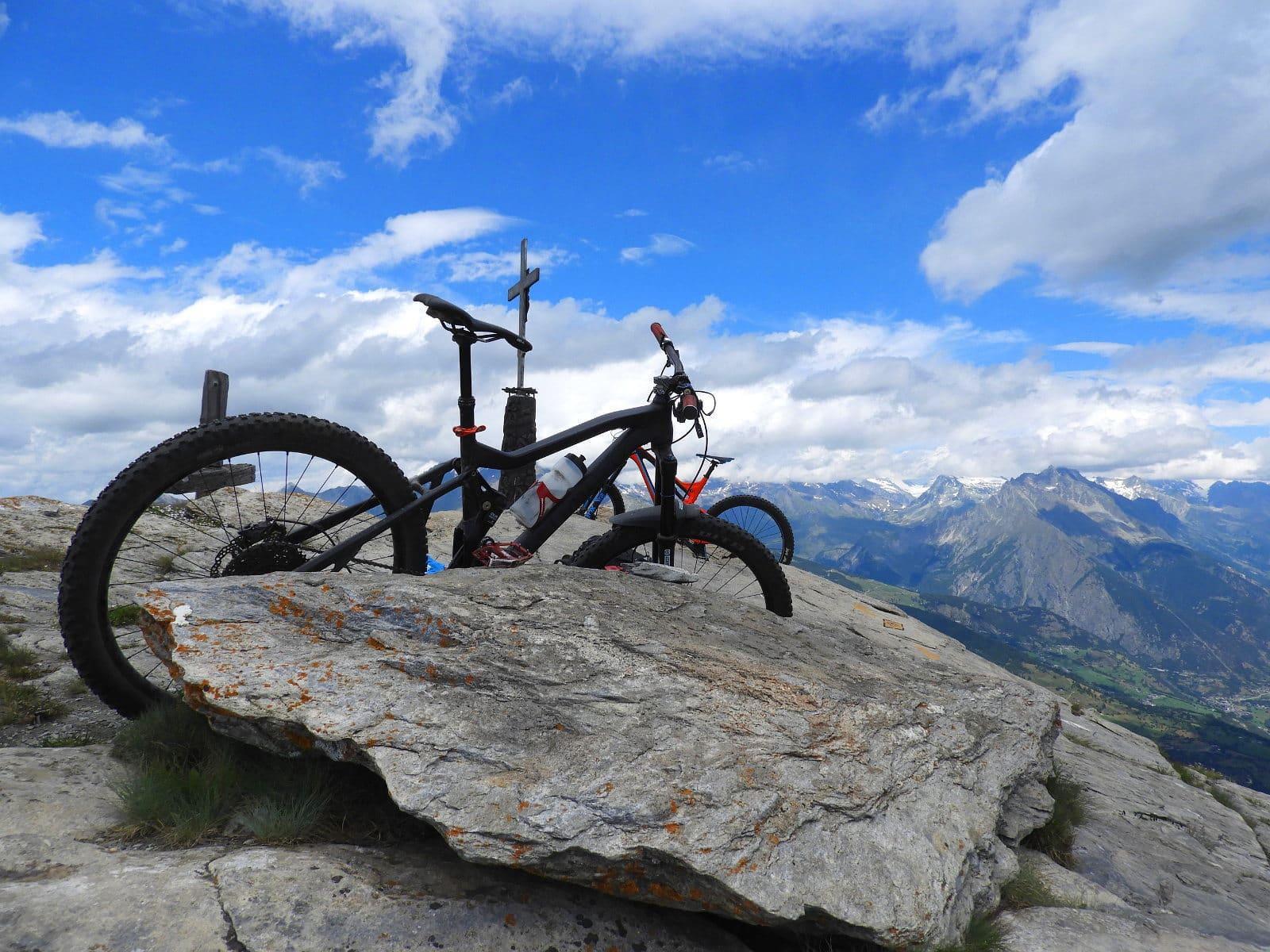 Gipfelglück mit dem Mountainbike
