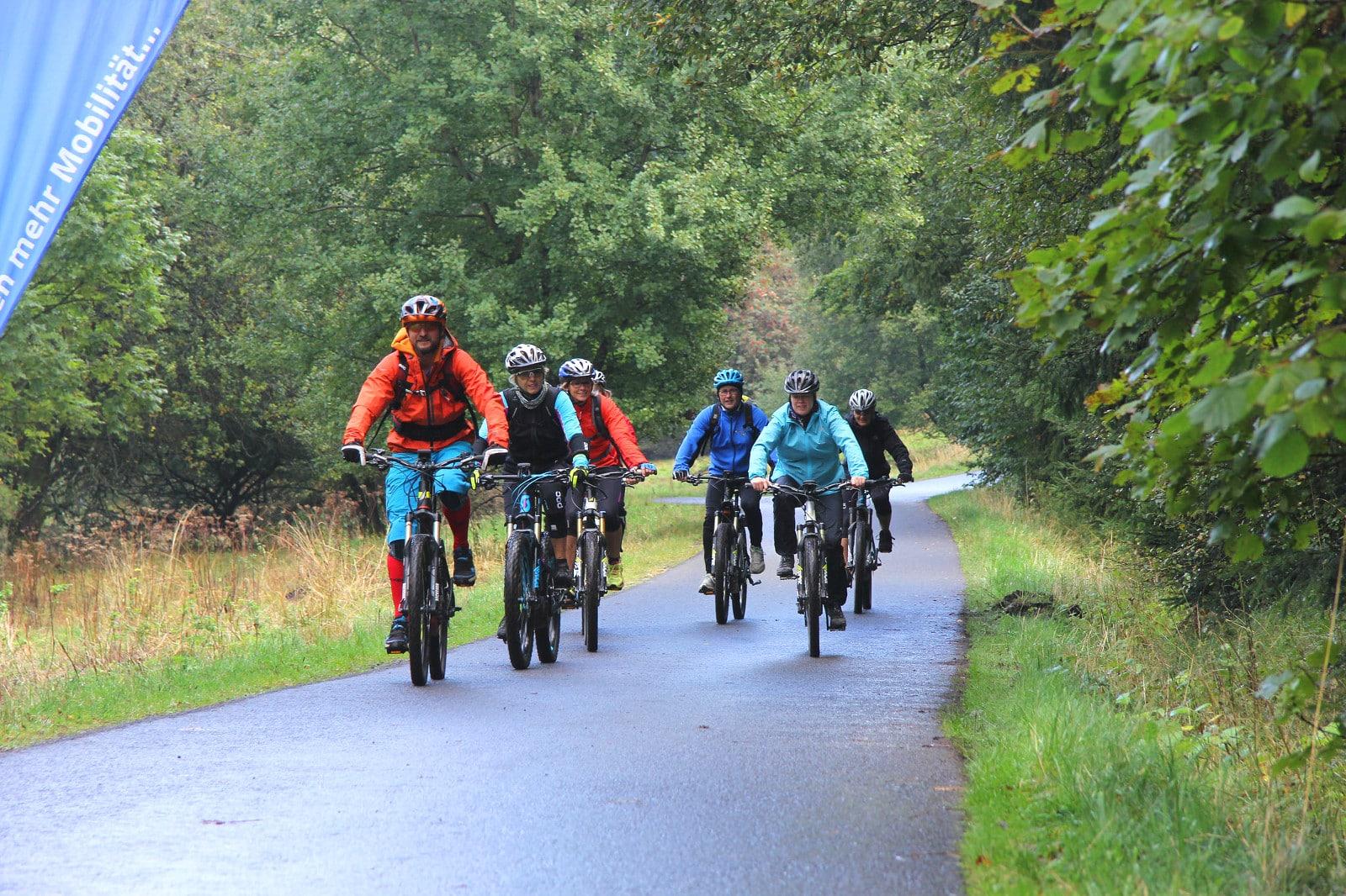 mit den E Mountainbikes unterwegs in der Rhön