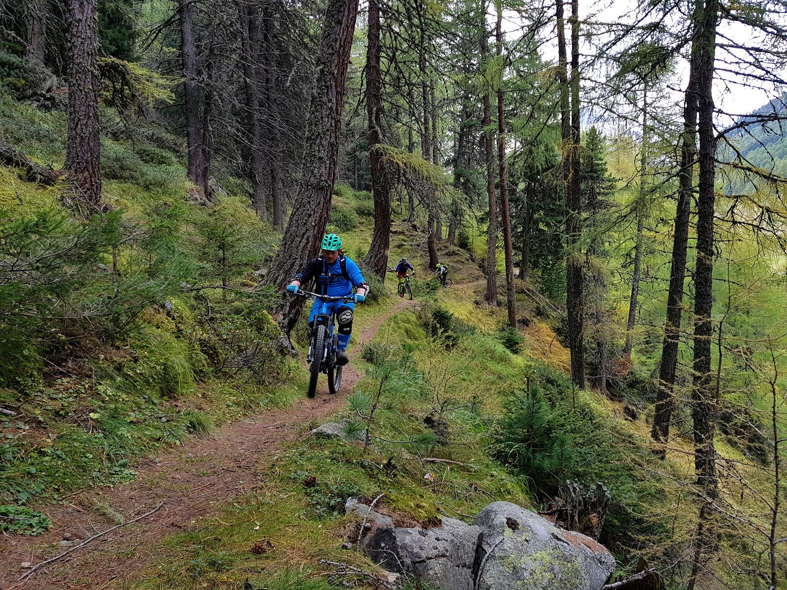 Rückweg aus dem Obervinschgau auf grandiosem Waalweg