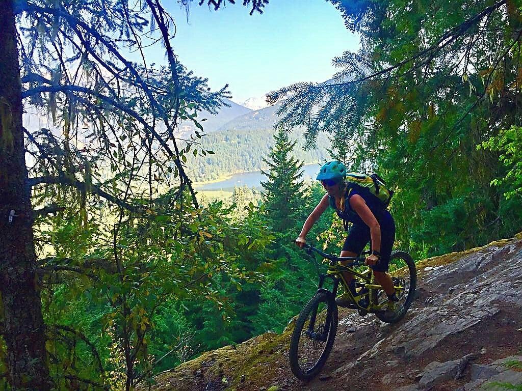 auf Mountainbike Tour unterwegs
