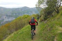 Start in den 6 Kilometer langen Trail im Piemont