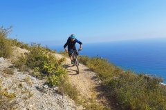 Meerblick und Mountainbike Trails in Finale Ligure