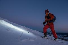 in der Abenddämmerung auf Skitour