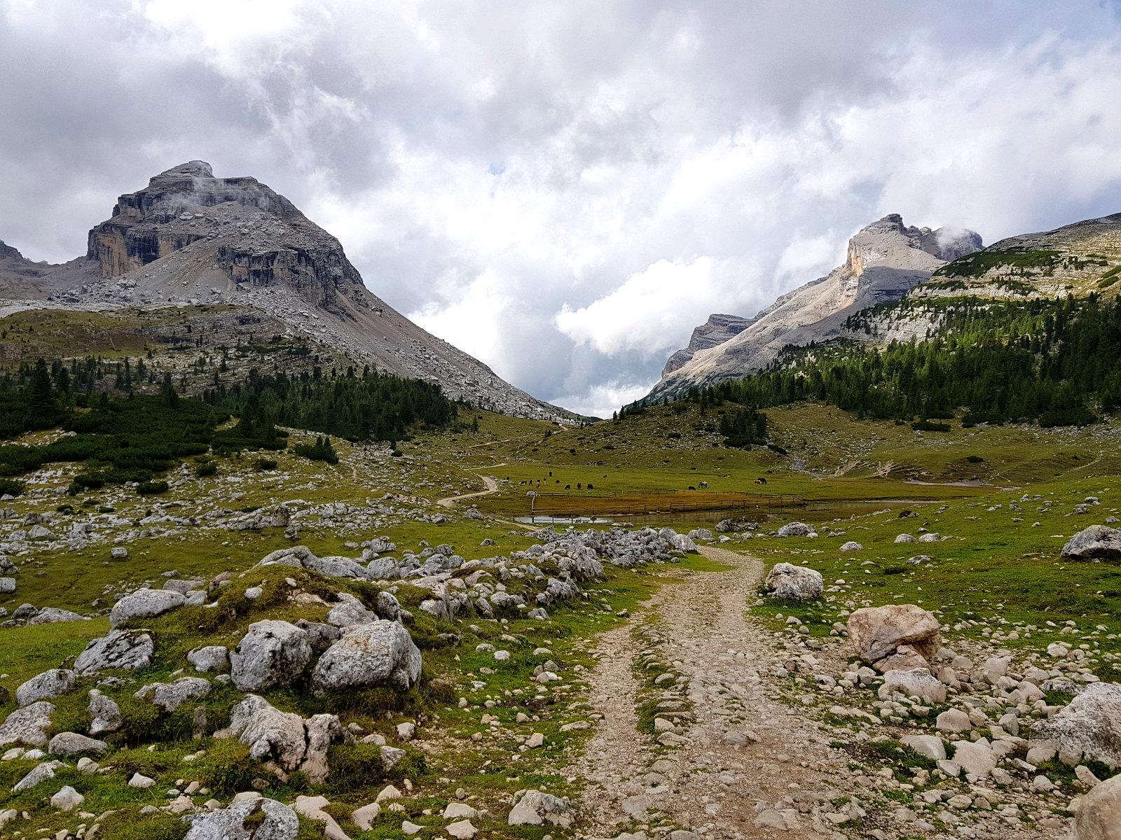 wunderbare Berge und ladinische Geschichten
