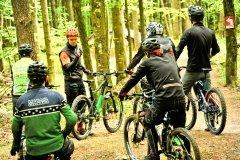 trainieren am Nachmittag im Trail