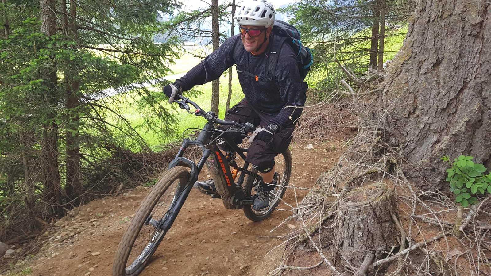 Ebike Spaß im Trail